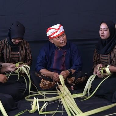 Edukasi Janur Menurut Budaya Masyarakat Jawa